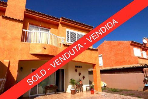 Semi detached duplex residencial Miralobos Corralejo Fuerteventura