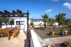 Sea view property Parque Holandes