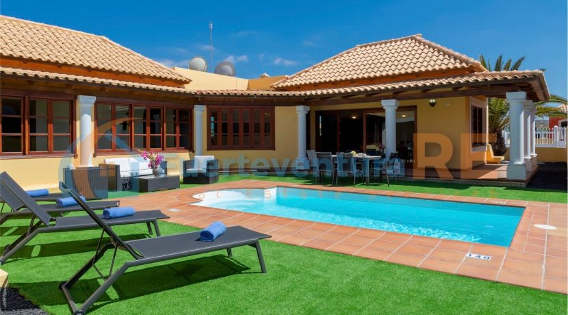 Luxury Detached Villa Corralejo