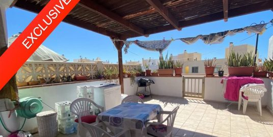 Apartment with large terrace El Cotillo